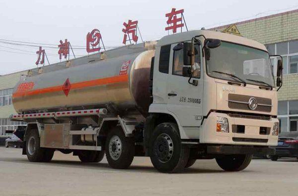 21立方米东风龙8国际娱乐电脑版牌SLS5253GRYD5型易燃液体罐式运输车