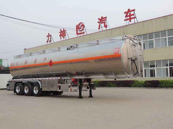 48立方米龙8国际娱乐电脑版牌SLS9407GYYB型铝合金运油半挂车